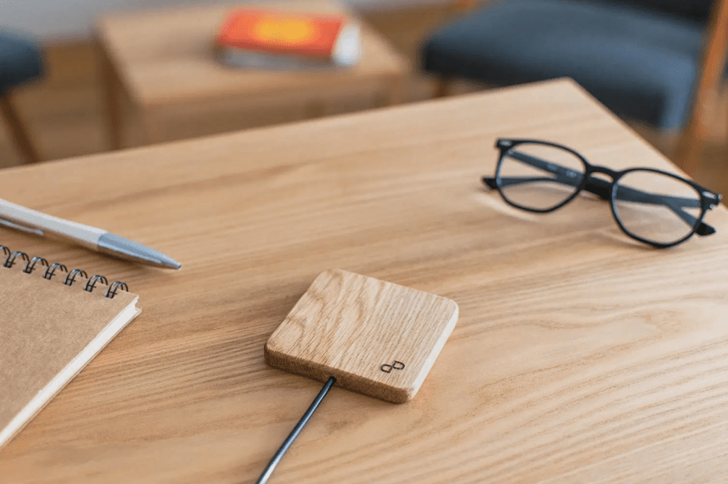 WOCH by PedPac wireless wood charger | GadgetVibes product reviews